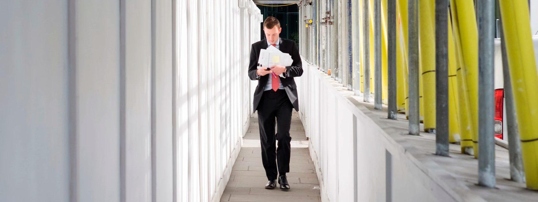 Ответственный по охране труда в организации: кого назначить?