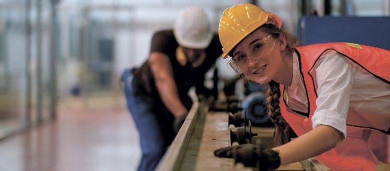 Зачем организациям нужен центр обучения рабочим профессиям
